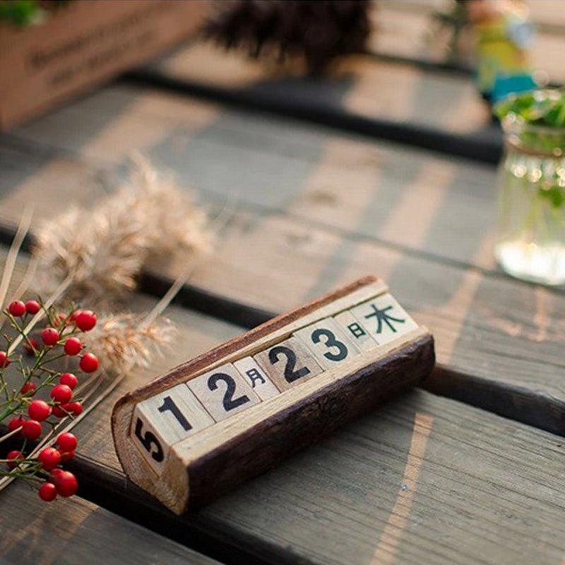 Wood Calendar Japan Style Manually Small Desk Furnishing Articles Vintage Calendar Household Daily Crafts