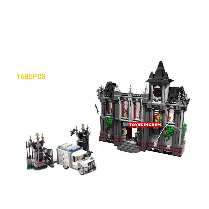 DC comics Super heroes Batman Arkham Asylum Breakout building block Joker Robin Penguin figure bricks 10937 toys for children loz dc comics super heroes mini diamond building block batman