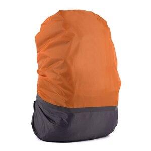 Image 3 - 10L 70L Portable lumière réfléchissante étanche à la poussière sac à dos couverture de pluie ultra léger épaule protéger outils de plein air sac de randonnée