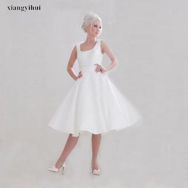 Harga yang kompetitif Putih Pendek Wedding Dress Spaghetti Straps Terbaru  Wanita Simple Gaun Pengantin Terlihat Zip 80d6b92ee7