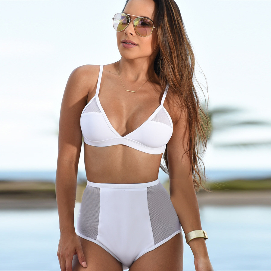 pussy-surprise-bikini-white-woman-breasts-gallery-nude
