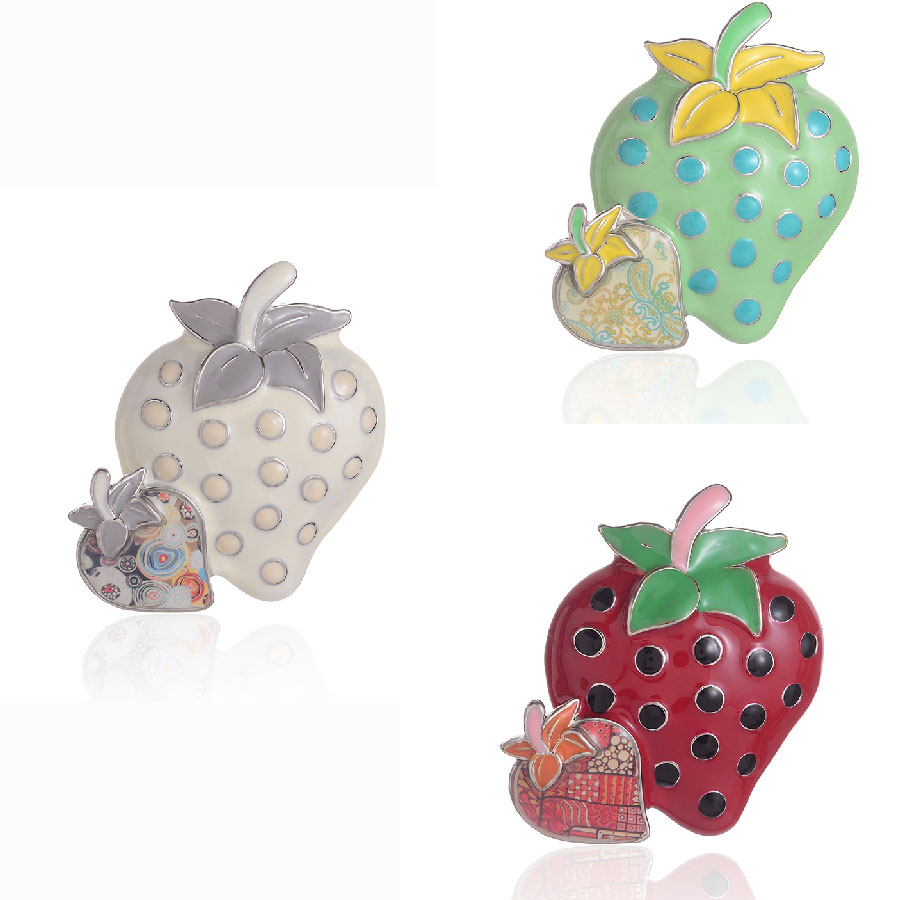Lovely Strawberry Brooches For Women Enamelled Zinc Alloy Collar Dress Brooch Pins Small Badges Fashion Jewelry Wholesale Price in Brooches from Jewelry Accessories