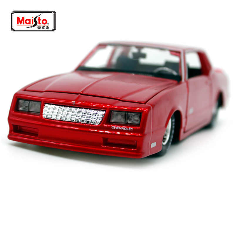 Maisto 1:24 1986 Chevrolet Monte Carlo SS Yang Melibatkan Mobil Diecast Mewah Vintage Model Mobil Mobil Tua Collective Edition