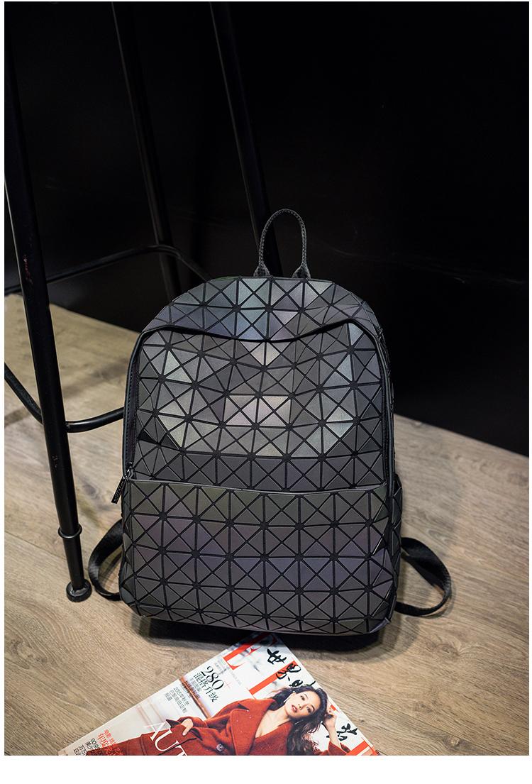 Lasen Bag New BaoBao Luminous Backpacks Female Fashion Girl Daily Backpack Geometry Package Sequins Folding Bao Bao School Bags (15)