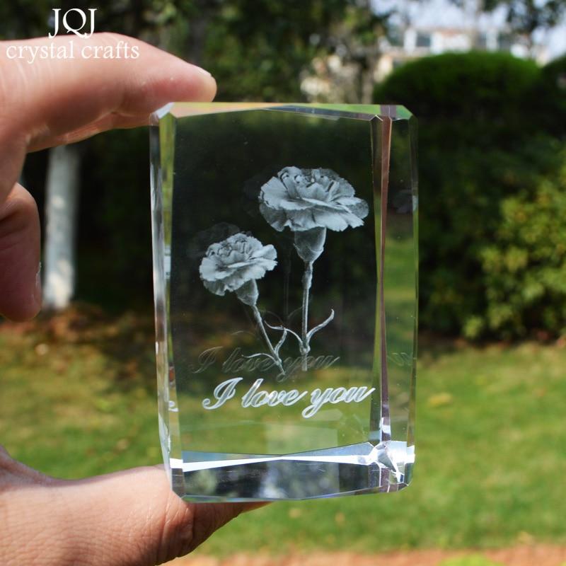 Pretty Flower Crystal Cube მინიატურული 3D ლაზერული გრავირებული კარნაცია სახლის დეკორაციის აქსესუარები დედის დღის საჩუქარი ოფისის ორნამენტებით