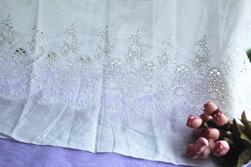 off white Lace fabric, retro lace fabric with scalloped lace border, bridal lace fabric 5yards