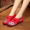 Большой Размер 41 Горячие Продажа Весна Женщины Старый Пекин Ткани Обувь Китайский Цветок Вышивка Случайный Танцевальные Квартиры Zapatos Mujer SMYXHX-C0003