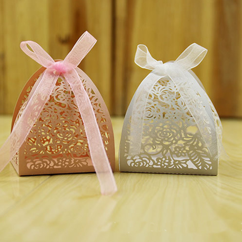 8 Color 50pcs Laser Cut Hollow Rose Flower Favors Gifts Boxes Candy Boxes With Ribbon Baby Shower Wedding Party Supplies