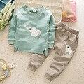 2017 Nuevos Niños Del Bebé Niños Niñas Ropa Establece Elefante T-shirt + Pants Conjuntos de Otoño Primavera Traje de Algodón