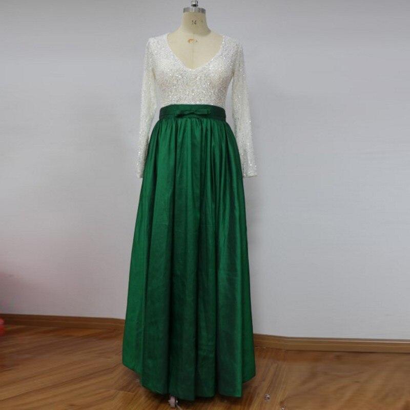 Атласная зеленая юбка