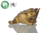 Color Change Lucky Golden Toad Zisha Desk Ornament