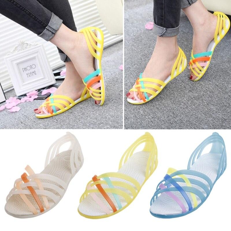Nouveau 2018 D'été Plat Poisson Bouche Sandales Anti-slip Arc-En-Couleur Mélangée Gelée Chaussures Femmes