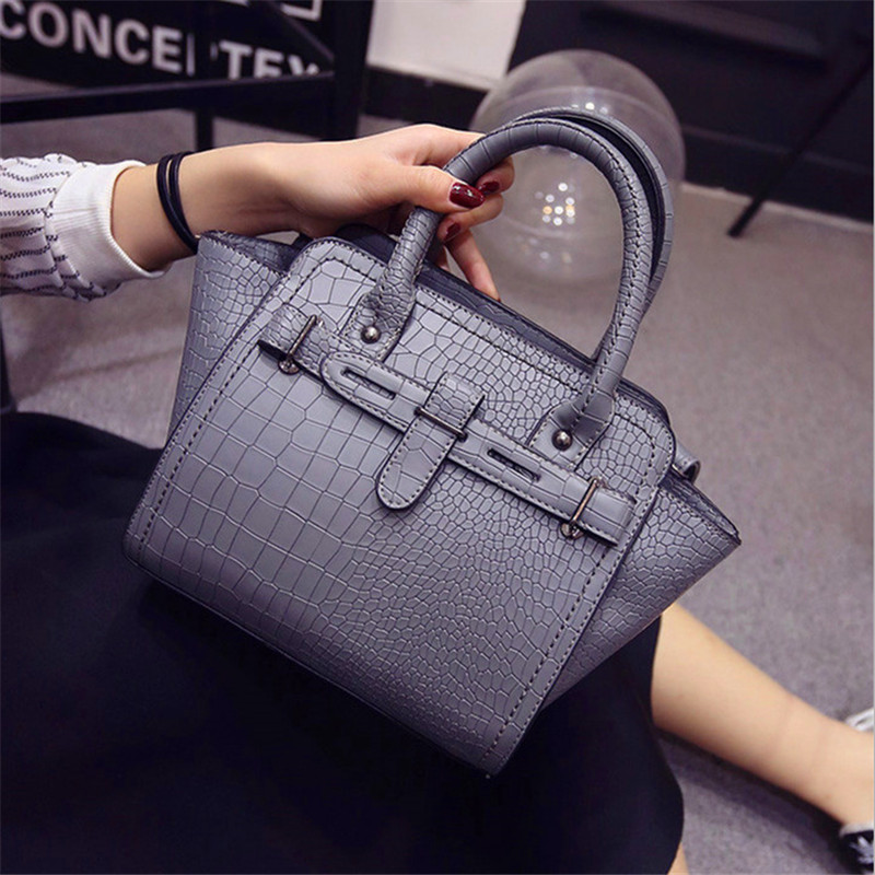 NEW women is alligator PU hobos fashion european and american style handbag lady is party bag