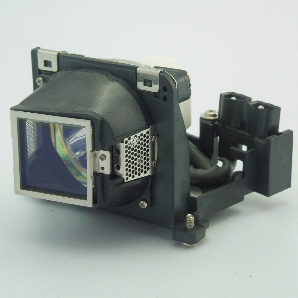 VLT-XD110LP / 499B045O10  Replacement Projector Lamp with Housing  for  MITSUBISHI LVP-XD110U / PF-15S / PF-15X / SD110U brand new replacement lamp with housing vlt xd110lp for sd110 xd110 sd110r sd110u projector