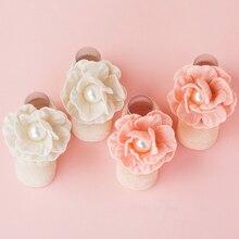 Милые носки для новорожденных; хлопковые инкрустированные жемчугом детские носки принцессы с цветами; Носки для маленьких девочек; подарки; От 0 до 12 месяцев