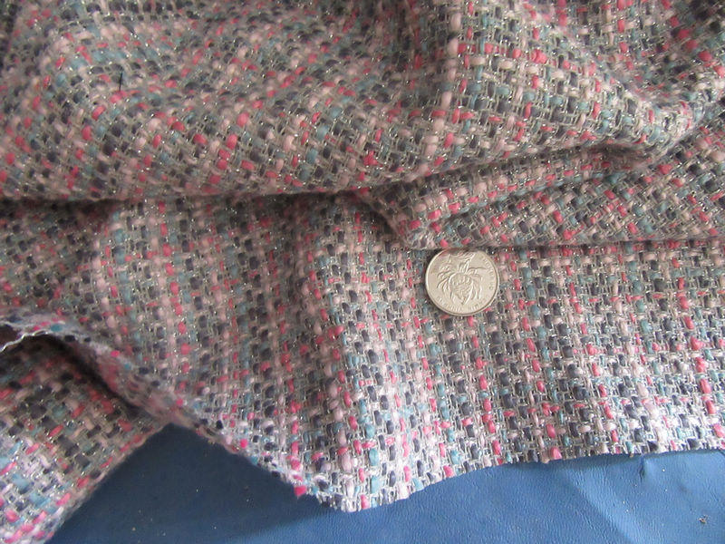 free ship 30% WOOL pink and gray weave with golden line weaved tweed fabric by meter 59 wide
