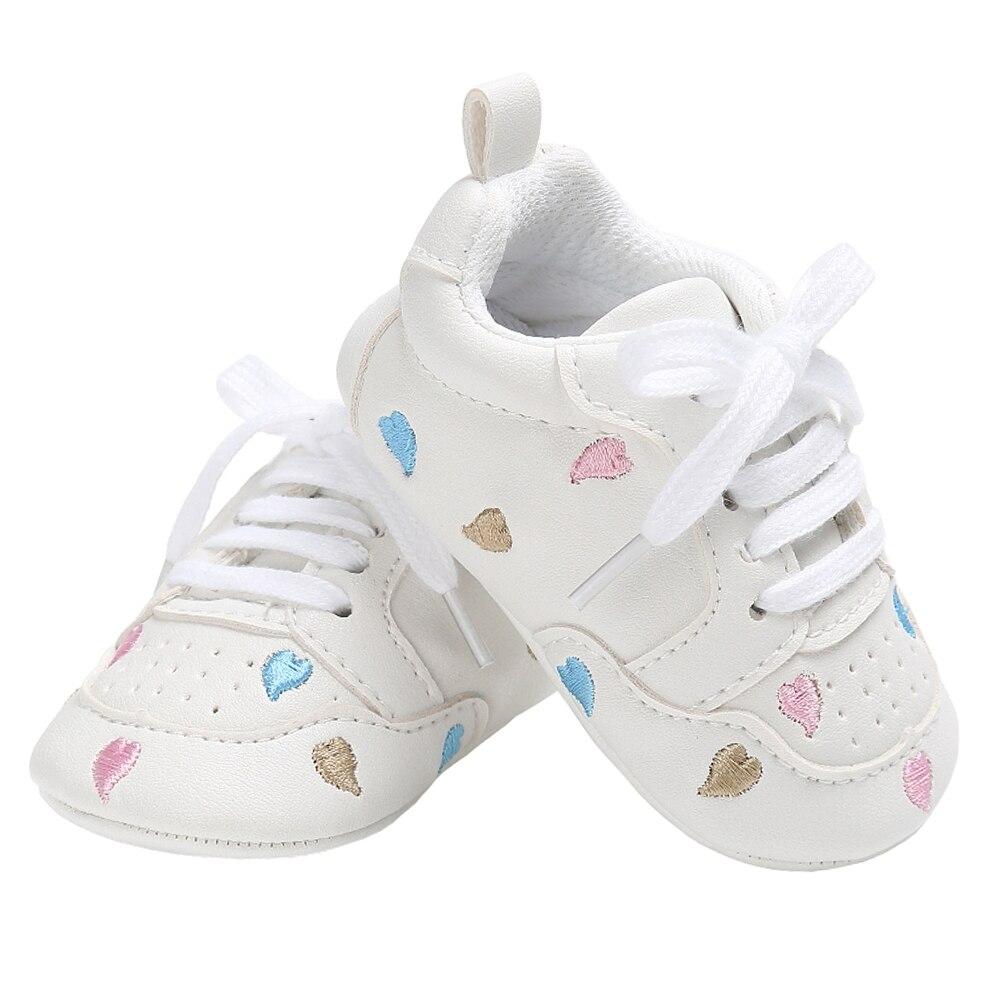 Mutter & Kinder Krippe-schuhe WunderschöNen Neugeborenen Krippe Schuhe Mädchen Turnschuhe Infant Lace-up Tenis Weiche Sohle Faulenzer Kleinkind Jungen Hausschuhe Für Kleine Kinder Dusche Geschenke