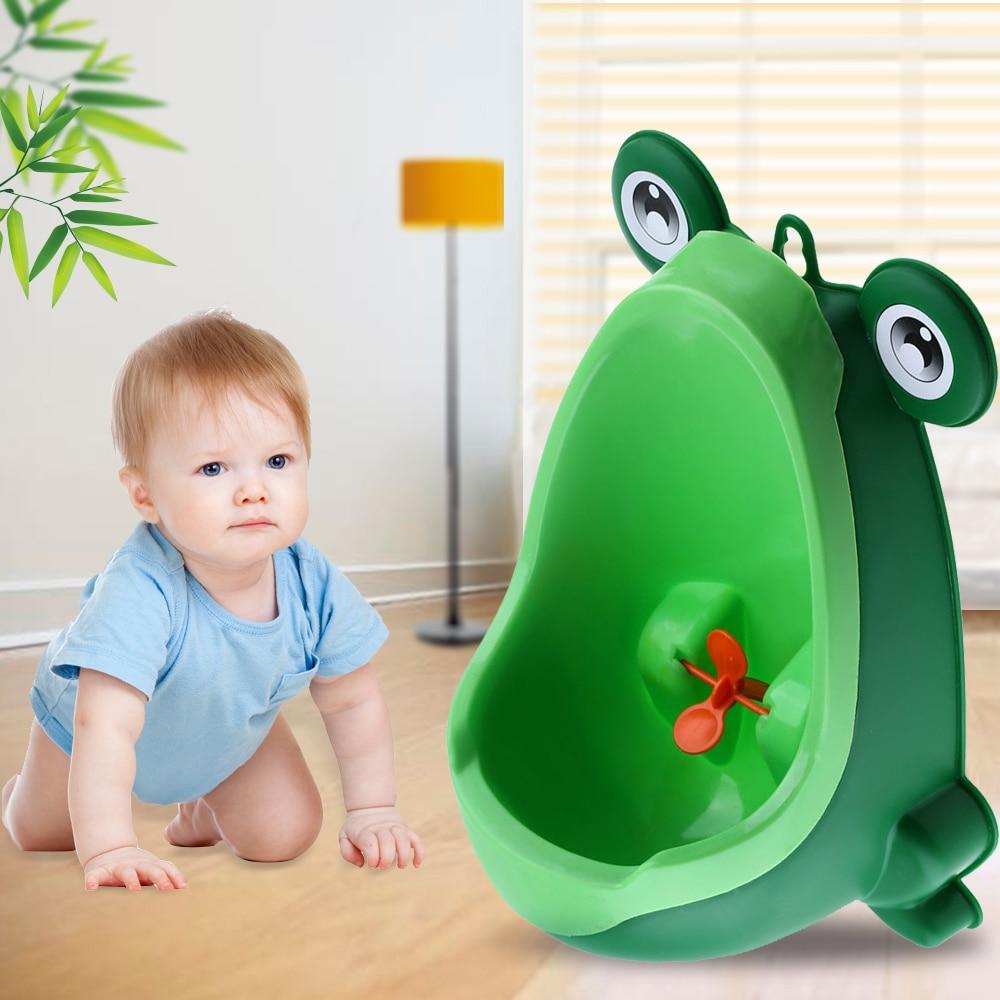 купить Dropshipping Baby Urinal Frog Shape Vertical Wall-Mounted Pee Convenient Cute Boy Potty For Kid Urinal Standing Toilet Boy Gift по цене 380.11 рублей