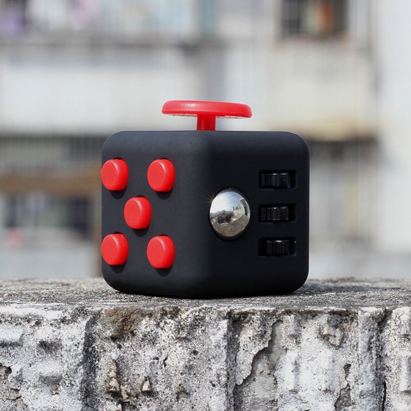 Squeeze Fun Stress Reliever fidget cube Relieves Anxiety and Stress Juguet For Adults Children cubo magico Hand Spin Toys
