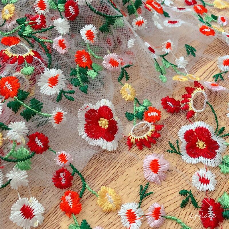 2019 Nieuwe stijl Verse kleurrijke borduurwerk kant stof Mooie jurk kledingstuk kid vrouw slijtage thuis DIY ontwerp mesh kant-in Kant van Huis & Tuin op  Groep 2