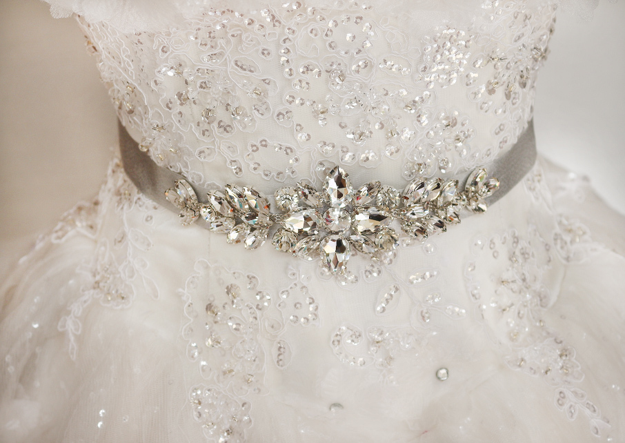 Bridal gown belt wedding gown sash luxury diamond belt for Rhinestone sash for wedding dress