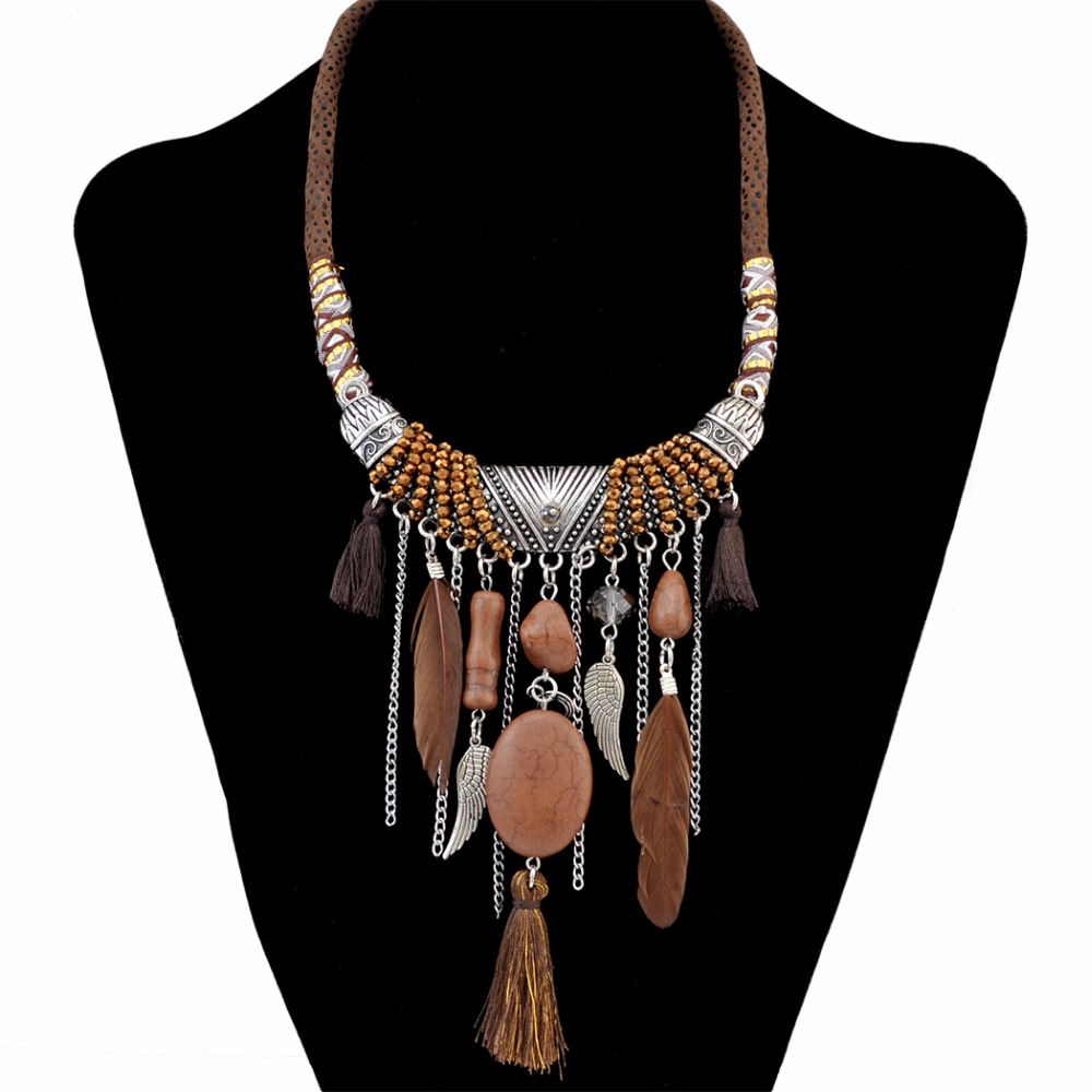 Idealway Handmade Ethnic Blue Brown Feather Pendant Leather