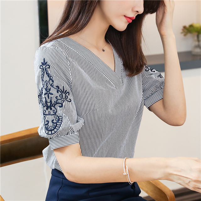 New 2018 Summer Chiffon Women Blouse Shirts Fashion Striped V Neck Women Tops Embroidery Short Sleeve Female Clothing  0513 40