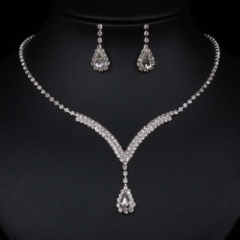 Wedding Jewelry Sets V Shaped Teardrop Rhinestone Crystal Choker Necklace Earrings Set Silver Plated Bridal Jewelry Sets