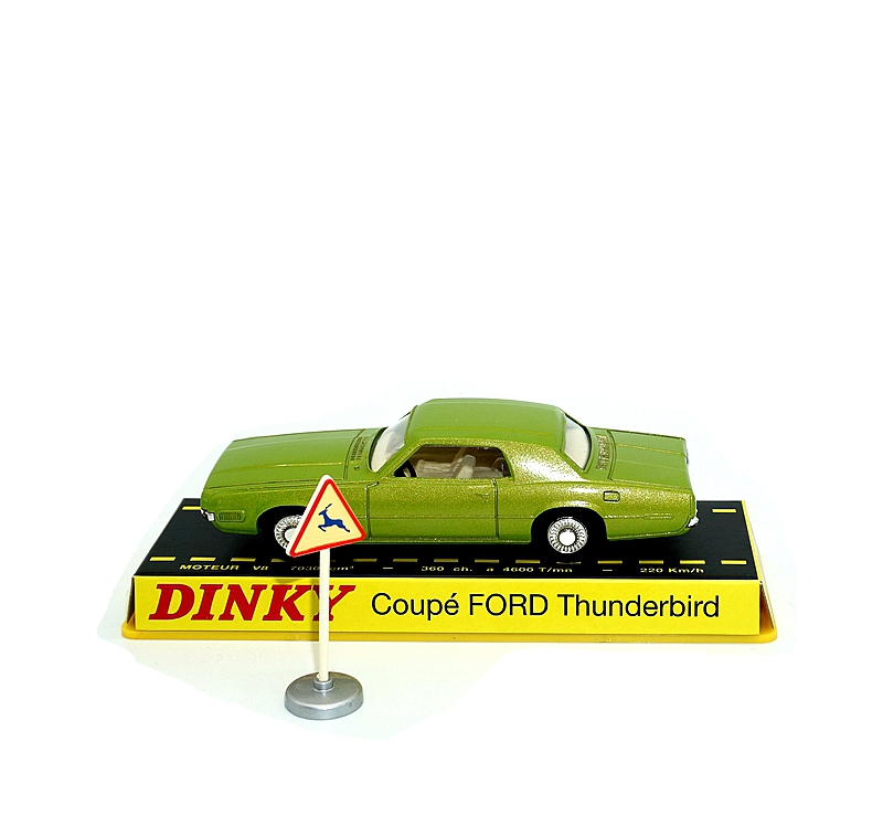 Купить с кэшбэком Dinky Toys Atlas 1419 1/43 COUPE FORD THUNDERBI Hot Alloy Diecast Car Model  Collection Toys for Children Adult Wheels