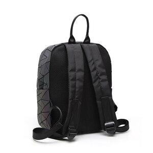 Image 4 - Sac à dos à bandoulière géométrique pour femmes, sacoche pour école pour adolescents, lumineux, sacoche Laser, nouvelle collection