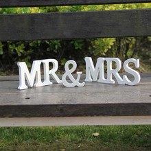 Factory Price 1 Set Solid Capital MR & MRS Wooden Letters for Wedding Decoration Sign Top Table Present Decor-L1