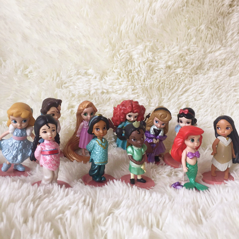 11pieces/lot 8-10cm Pvc Ariel Belle Tangeled Belle The Princess Snow White More Style Doll Girs Ltoys Holiday Christmas Gift Action & Toy Figures