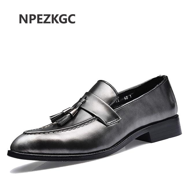 45428f6513 Italiano clásico vestido de los hombres zapatos de cuero formales marca de lujo  borla calzado masculino
