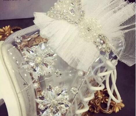 Pérolas De Cristal artesanal Beading Bombas Para Mulher 2018 Doce Plataforma Alta Saltos Robustos Bombas Sapatas de Vestido de Casamento Do Laço Da Flor - 4