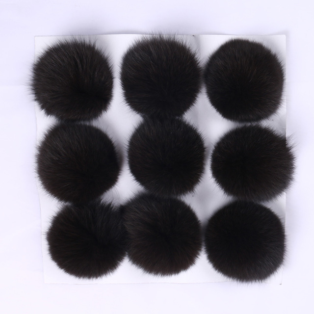 9 Pieces Natural Silver Fox Fur Pom Poms 10cm Ball Pompom DIY Winter Brand New For Women's Knitted Hats Skullies Beanies Boots