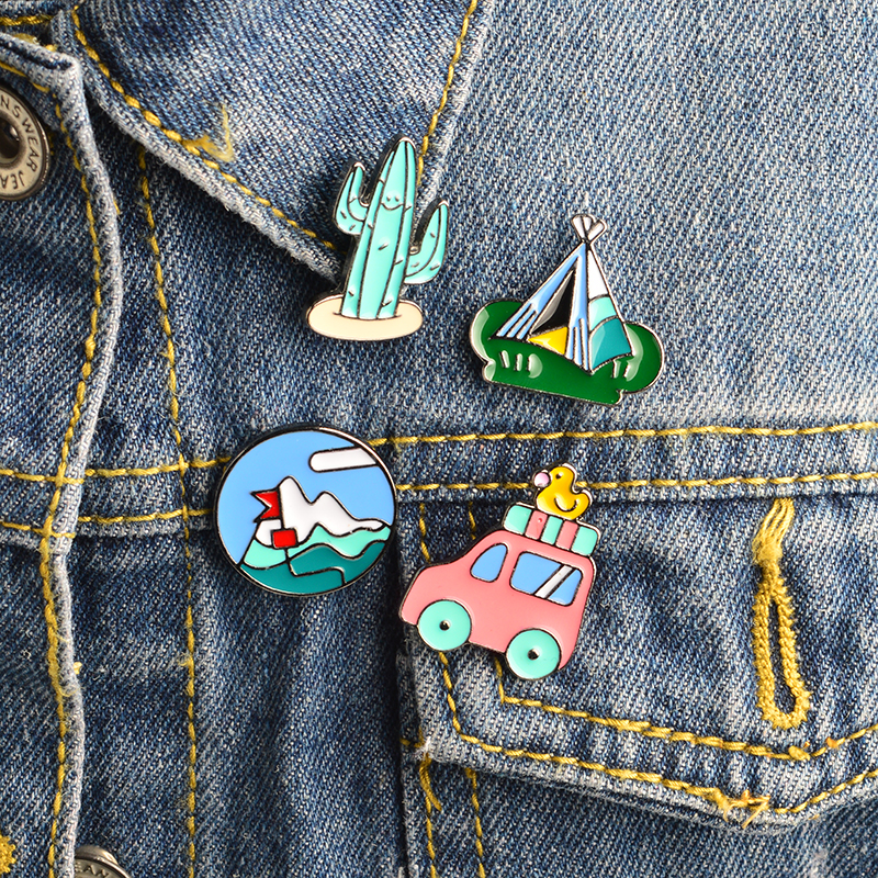 4pcs/set Travel series Pins Enamel Bus Duck Mountain Cactus potted Tent Brooch set Bag Jacket Pin Button Icon Badge Jewelry Gift