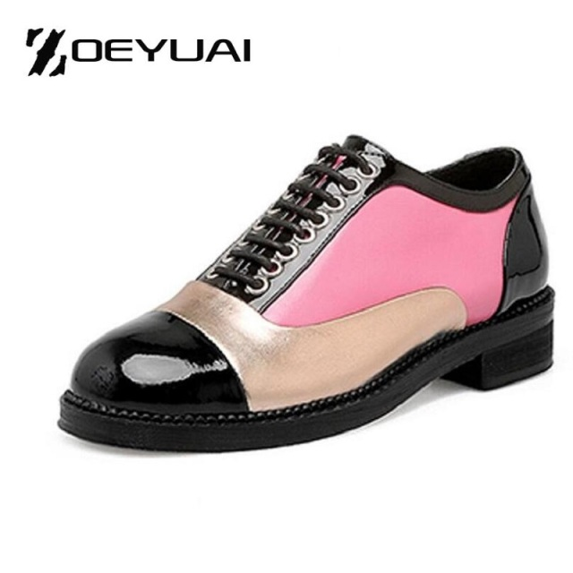 2017 Ladies Fashion Patchwork Patent Leather Oxfords Shoes Woman Lace-Up  Women Brogue Shoes Casual Round Toe Flats Size 33-43