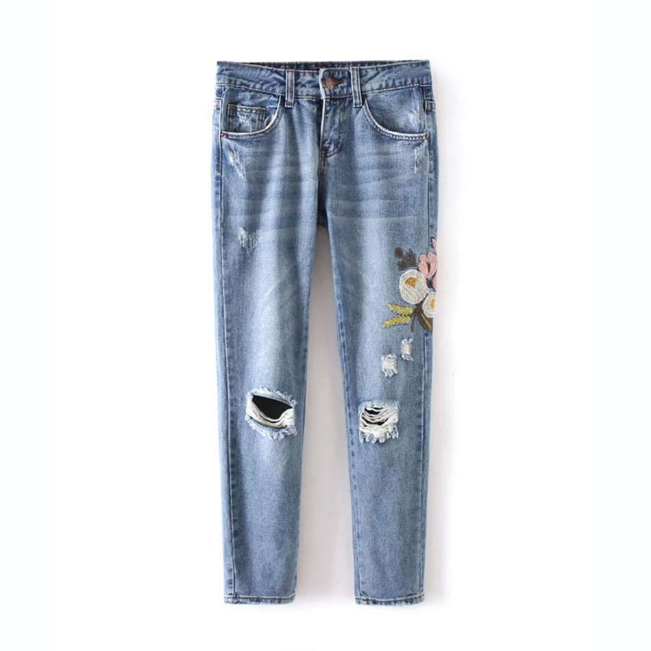 Vintage Holes Flower embroidery jeans female Light blue casual pants capris 2016 autumn winter Pockets straight jeans women flower embroidery jeans female light blue casual pants capris 2017 spring autumn pockets straight jeans women bottom
