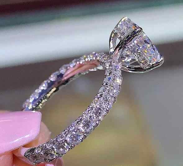 Zircon คริสตัลแหวนผู้หญิงรับของขวัญที่กำหนดเอง 2019 ยอดนิยมขายร้อนหญิงแหวนเครื่องประดับ