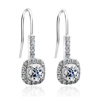 2 carat Princess cut Luxury wedding earring for women SONA Synthetic Gem earrings Anti allergic earring white gold color