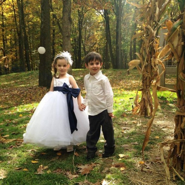 230a340951 Cute White Flower Girl Dress with Navy Blue Satin Belt Know Bow Appliques  Tank Scoop Neckline Ball Gown Lace Flower Girl Dress