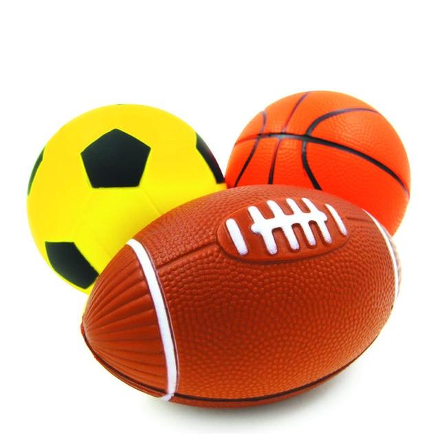 a22bacf4f27e7 KUNBOSS Kid Juguete de Goma Suave Pequeña Rugby Fútbol Baloncesto Niños  Deporte Pelota De Juguete para
