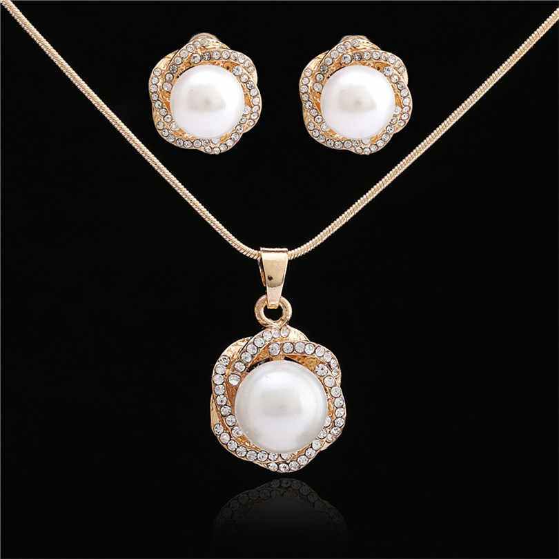 Brand 2018 Fashion Accessories Gold Color Fashion Jewelry Set Fashion Necklace Earring Crystal African Costume Nigerian Women