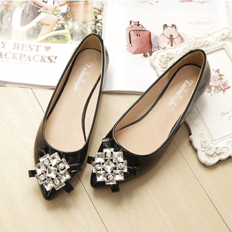 249b96c8998c60 Spring Summer Casual Shoes Women Flats Pointed Toe Women s Shoes Rhinestone Ballet  Flats Ballerina Loafers Plus Size 33 43-in Women s Flats from Shoes on ...