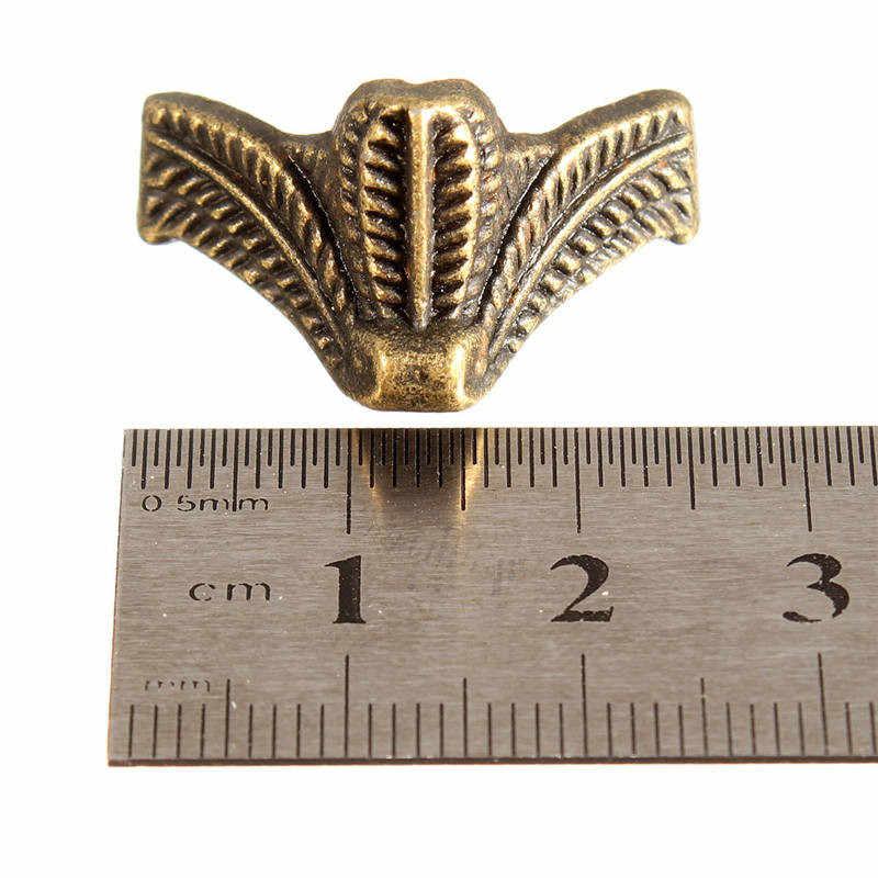 4 шт. мини античная латунь старинные бронзовые ювелирные изделия груди Подарочная коробка деревянный корпус Декоративные ножки ноги металлический Угловой протектор с винтами