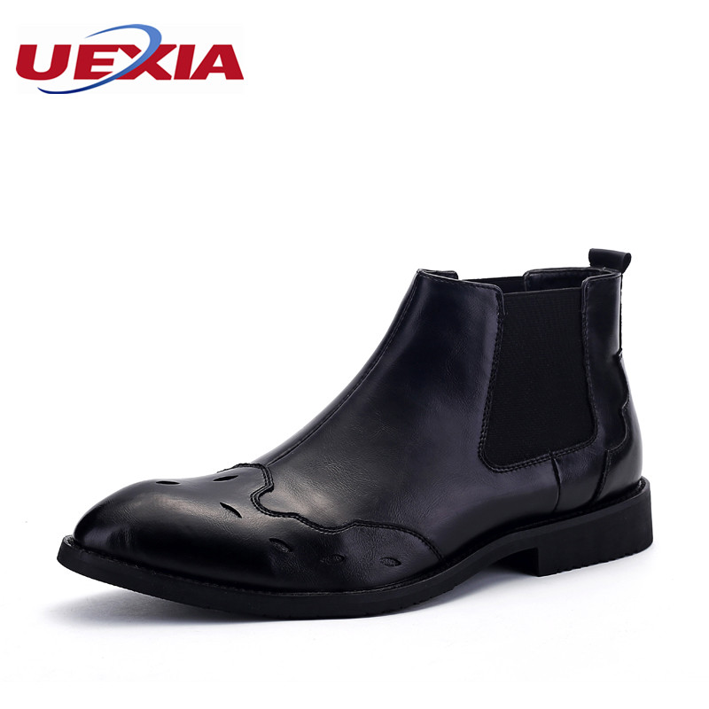 Ankle Boots Men Flats Casual Shoes Soft Patent Leather Pointed Toe Brogue Boot Bullock Wedding Shoes Business Black Dress Oxford