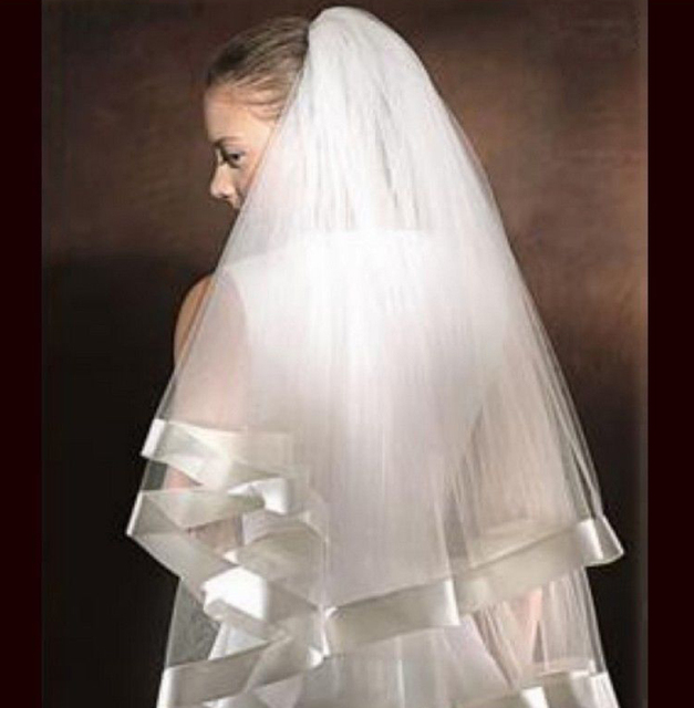 Fingrip Length Bridal veil Ivory White Ribbon Edge 2 Layers Wedding Veils With Comb