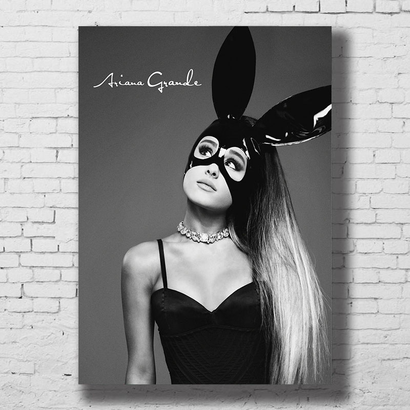 Ariana Grande Music Singer Poster Black And White Wall Art Canvas Print Painting Decoration Picture Wallpaper Living Room Decor