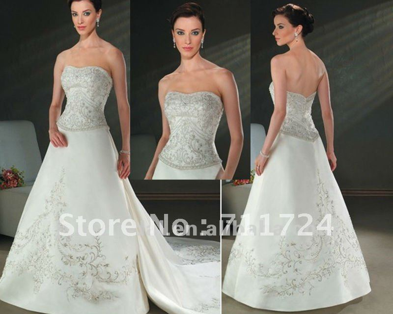 Embroidery Wedding Dresses With Detachable Train-in