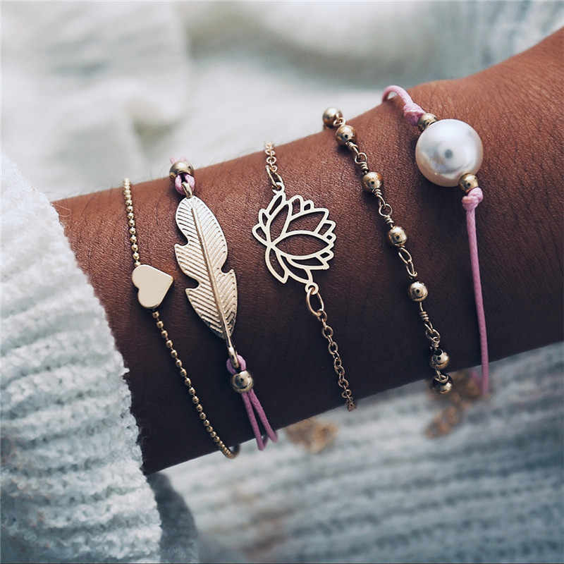 17KM Bohemian Feather Flower Bracelets For Women Fashion Simulated Pearl Multi Layer Bracelet DIY Handmade Jewelry Gift 5PCS/Set